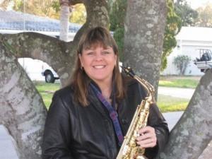 sax Lisa Pesta